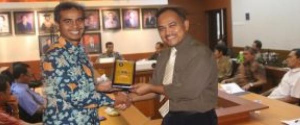 Implementasi Publikasi Internasional dan Penelitian Bersama