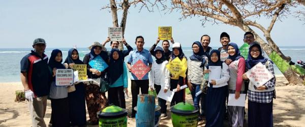 Kimia UM Peduli Pantai